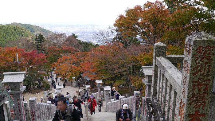 阿夫利神社下社への階段