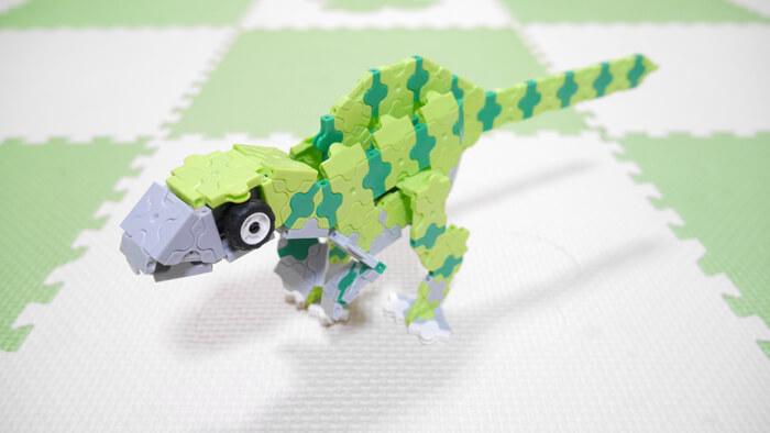 フクイサウルス