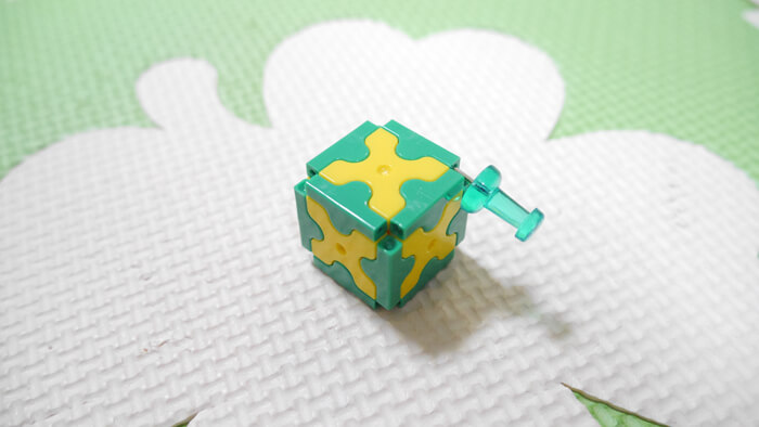 立方体の外し方